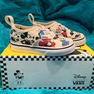 Toddler Boys Mickey Mouse Disney Vans Sz 5.5C